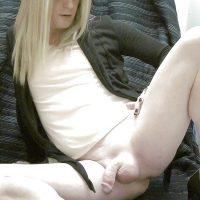 Annonce plan cul d'un petit travesti blond